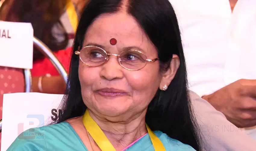പ്രളയത്തിനിടക്ക് ലഭിച്ച ആശ്വാസവാക്കാണ് പുരസ്കാരം: സാവിത്രി ശ്രീധരന്